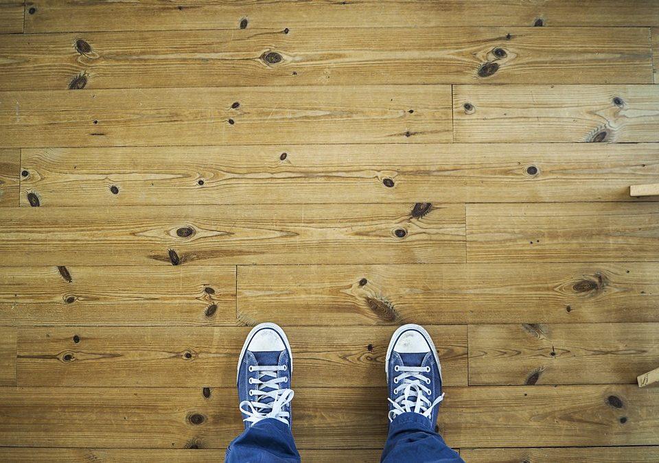 Consejos para proteger y limpiar la tarima flotante de tu hogar.